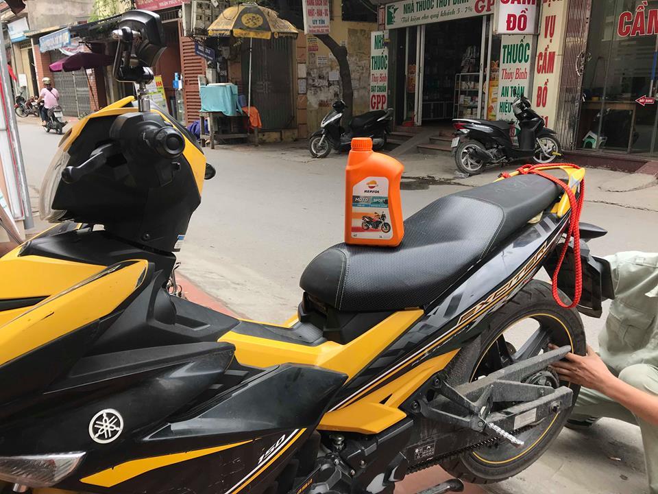 dầu nhớt Repsol Moto Sport rất tốt cho xe Exciter