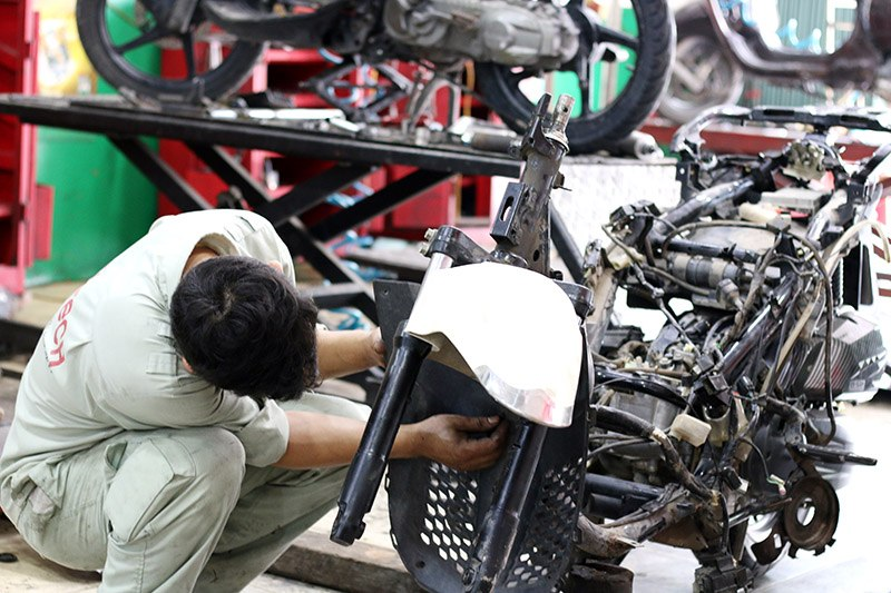 sửa xe máy tai nạn