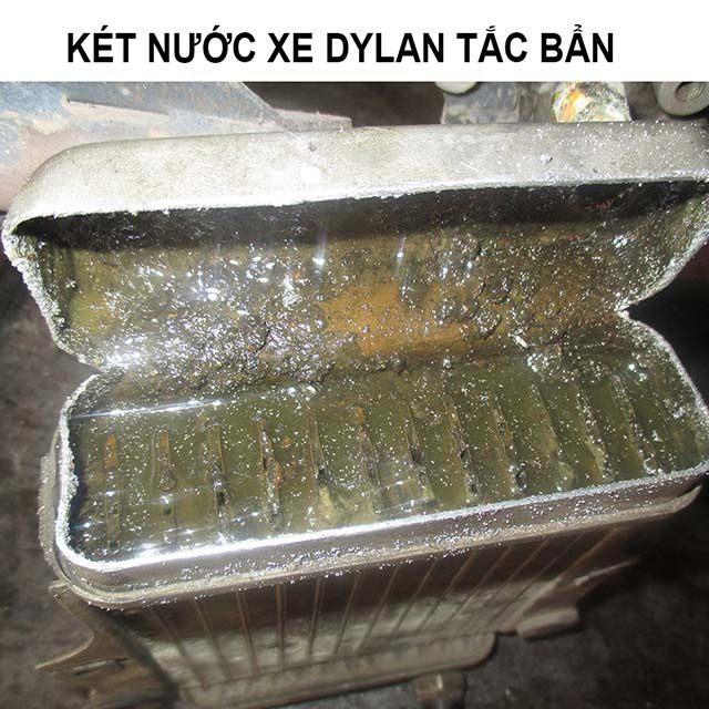 vệ sinh két nước xe sh